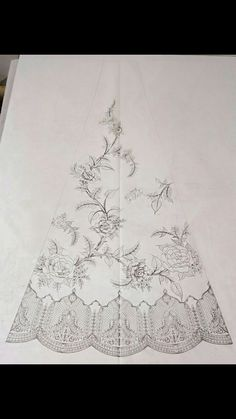 Discover thousands of images about Lehnga Zardozi Embroidery, Couture Embroidery, Gold Embroidery, Embroidery Fashion, Border Embroidery Designs, Bead Embroidery Patterns, Hand Work Embroidery, Embroidery Stitches, Geometric Stencil