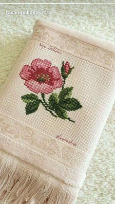This Pin was discovered by cag Mini Cross Stitch, Cross Stitch Borders, Cross Stitch Rose, Cross Stitch Flowers, Cross Stitch Designs, Cross Stitching, Cross Stitch Patterns, Bead Embroidery Patterns, Hand Embroidery Flowers