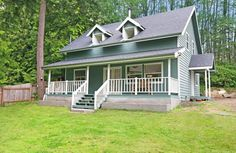 SOLD - This charmingly updated home feat. 3 beds, 1.75 baths, & 1,424sqft. You'll enjoy granite countertops, laminate floors, cozy wood stove, vaulted ceilings, & master suite w/ walk-in closet. Outside you'll love the covered porch, back deck, new roof, & detached garage great for storage, parking, or projects. W/ access to Gamblewood amenities incl. the beach & boat launch, plus local shopping, dining, & the ferries, it's a true must-see home! 27438 Woodside Rd NE, Kingston WA 98346