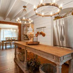 Farmhouse Kitchen Design Ideas, Pictures, Remodel and Decor