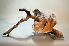 Stripped wood branch, dried banana leaf, pink confetti statice and milkweed seeds - KEITH STANLEY Ikebana Flower Arrangement, Ikebana Arrangements, Beautiful Flower Arrangements, Most Beautiful Flowers, Floral Arrangements, Oriental Flowers, Exotic Flowers, Ikebana Sogetsu, 365days