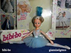 """Το 1981 και το 1982 κυκλοφόρησε το ημερολόγιο της bibi-bo. Το μήνα Αύγουστο  η bibi-bo είναι μπαλαρίνα  """"Μποσλόι""""! In 1981 and in 1982 released her diary bibi-bo. In August the bibi-bo is ballerina """"Bolshoi""""! En 1981 et en 1982 a publié son journal bibi-bo. En Août l'bibi-bo est ballerine """"Bolchoï""""!"""