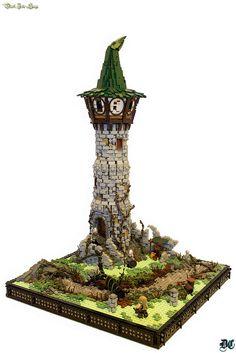 Amazing Lego House Models – How to build it Lego Watch, Lego Halloween, Happy Halloween, Lego Knights, Lego Sculptures, Amazing Lego Creations, Lego Pictures, Lego Craft, Lego Construction