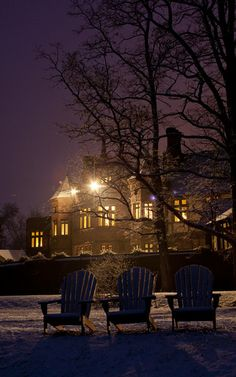 It is a great evening to escape the cold at Blantyre. Guest are enjoying the warmth from our crackling wood fires.