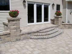 paver patio stairs with landing Porch Steps, Front Steps, Concrete Pavers, Flagstone, Backyard Plan, Backyard Patio, Patio Stairs, Custom Pantry, Stair Landing