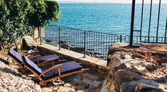 Hollmann am meer - trieste Trieste, Outdoor Furniture, Outdoor Decor, Garden Bridge, Wonderful Places, Be Perfect, Sun Lounger, Paths, Castle