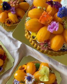 """GRAM on Instagram: """"🌸🧡🌸 Marian Plum Cheese Tart 🌸🧡🌸 รอบส่งอาทิตย์นี้มีทุกวันเลยค่า ทารต์มะยงชิดลูกโตคัดพิเศษค่ะ ลองแล้วรักทุกคน เพราะเราเลือกมะยงชิดปลอดสาร…"""" Thai Recipes, I Foods, Fruit, Thai Food Recipes"""