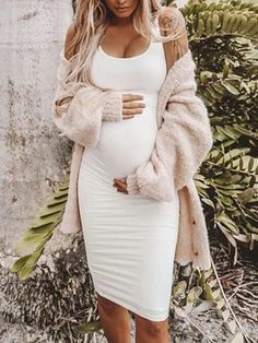 Must Have Solid Color Maternity Casual Bodycon Dress -You can find Casual and more on our website.Must Have Solid Color Maternity Casual Bodycon Dress - Cheap Maternity Clothes, Cute Maternity Outfits, Stylish Maternity, Maternity Fashion, Maternity Winter Dresses, Spring Maternity, Pregnancy Fashion, Maternity Midi Dress, Maternity Shops