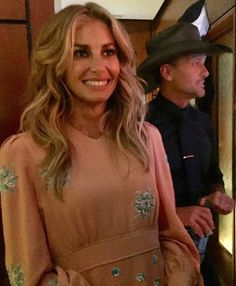 Faith and Tim McGraw Country Love Songs, Country Music Singers, Country Artists, Tim And Faith, Faith In Love, Nick Jonas Smile, Tim Mcgraw Faith Hill, Daughter Of God, Music Guitar