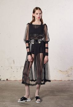 Red Valentino, Look #15