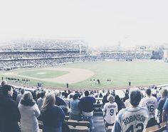 THINK BLUE: today it's not about the Dodgers.  #baseball #mlb #majorleaguebaseball #baseballislife #baseballswag #slugger #ballislife #vscocam #vscobest #losangeles #dodgersgame #dodgers #dodgersstadium #losangelesdodgers #dodgersbaseball #igmasters #iglovers #igers #iphonesia #iphonephotography #iphonephoto #photogrid #vscogrid #claytonkershaw #kershaw by andrew.juang