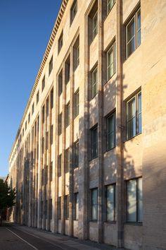 Außenansicht des Wyndham Grand Berlin: photo credit: Amit Gerona Potsdamer Platz, Photo Credit, Berlin, Exterior, Outdoor Rooms, Berlin Germany