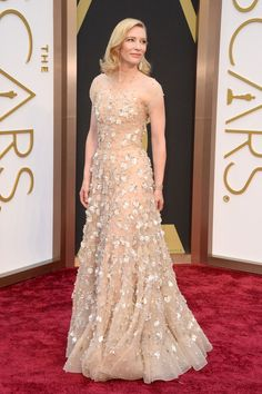 Cate Blanchett wears Gold Armani Prive with Swarovski crystal baguettes at the Oscars 2014