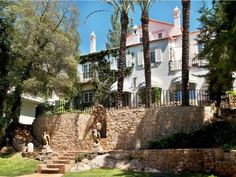 It may be right in heart of the old historic quarter of Cascais, a part of Portugal's very own Riviera, but it still retains an air of tranquillity mixed with no small amount of sophistication. Cascais Portugal, Old Things, Mansions, House Styles, Plants, Travel, Candle, Places, Homes