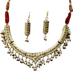 Ethnic Maroon Lacquer Jewelry Necklace Set @ Rs. 578 only