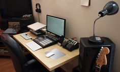 151 Home Recording Studio Setup Ideas Home Recording Studio Setup, Home Studio Setup, Home Studio Music, Home Studio Equipment, Dj Equipment, Studio Gear, New Electronic Gadgets, Electronic Music, Cv Inspiration