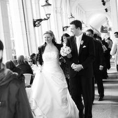 Hochzeitsfotograf   Fotografin Hamburg   Hochzeitsfotografie   Hochzeitspaar   Trauung im Hamburger Rathaus   Wedding Portraits   Alsterarkaden   Himmelreich Fotografie   www.himmelreich-fotografie.de