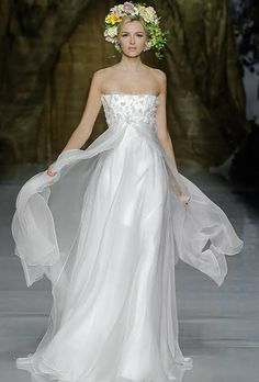 """Pronovias Wedding Dresses Spring 2014 