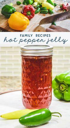 Banana Pepper Jelly, Jalapeno Pepper Jelly, Jalapeno Relish, Jalapeno Jelly Recipes, Pepper Jelly Recipes, Jam Recipes, Canning Recipes, Tuna Recipes, Holiday Recipes