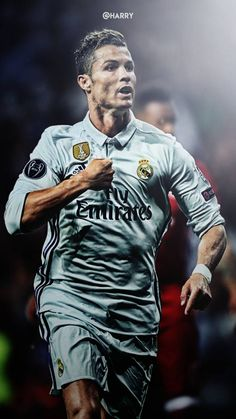 The best Cristiano Ronaldo Wallpapers for Phone. Cristiano Ronaldo Hd Wallpapers, Cristino Ronaldo, Ronaldo Football, Football 2018, Real Madrid Football, Football Soccer, Neymar, Futbol Red, Nike Football