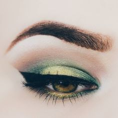 #eotd with the new scarabeo eye shadows by trend it up. for the crease i used…