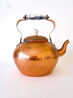 Vintage copper tea kettle / made in Portugal ODT. $25.00, via Etsy.