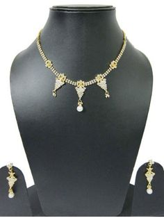 Bollywood Fashion Jewelry Rhinestone Gold Finish Victorian Necklace Jewelry Set mogulinterior,http://www.amazon.com/dp/B00E56YVUK/ref=cm_sw_r_pi_dp_LXD8rb0D4Y7XEQZ1