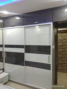 Wardrobe Interior Design, Bedroom Door Design, Bedroom Cupboard Designs, Wardrobe Design Bedroom, Door Design Interior, Home Room Design, Wardrobe Laminate Design, Sliding Door Wardrobe Designs, Mumbai