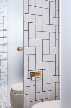 VOLA Taps and Accessories for Bathroom in Brass Apartment by Jordens Arkitekter - Architecture - Interior architecture