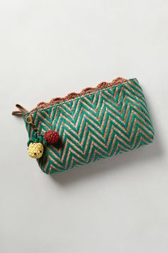 Chevron Raffia Clutch - #anthrofav