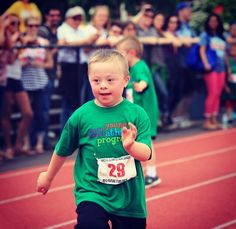 ❤️Meet Gym Hero Jackson!  Jackson is an aspiring baseball player and ❤️'s to run!  Please consider donating to the 2014 Polar Bear Plunge in  North Bay, Ontario March 29th!