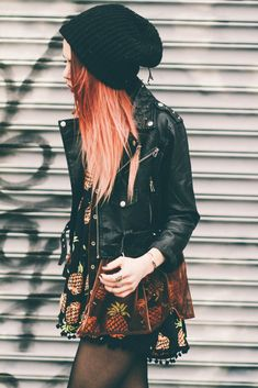 Grunge Style: Beanie with Jumpsuit, Jacket and Wrench ring - http://ninjacosmico.com/18-must-have-grunge-accessories-clothing/8/