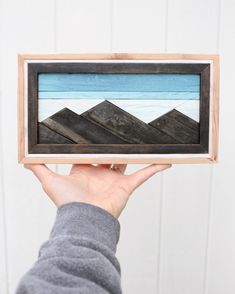 This mini is made with reclaimed cedar fencing and has a cool frame! This mini is mad Wood Projects That Sell, Wood Projects For Beginners, Small Wood Projects, Beginner Woodworking Projects, Reclaimed Wood Wall Art, Wooden Wall Art, Framed Wall Art, Wood Artwork, Wood Mosaic