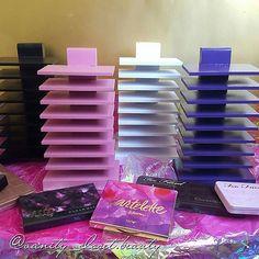 Maquillaje paleta/organizador del sostenedor por VanityClosetBeauty