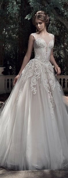 "Wedding Gown Milva 2017 Wedding Dresses – Sunrise Collection - Milva, a bridal house whose wedding dresses are designed with the elegant and classic bride in mind. The 2017 ""Sunrise"" bridal collection is gorgeous. Dream Wedding Dresses, Bridal Dresses, Bridesmaid Dresses, Wedding Dress Corset, Lace Wedding, Women's Dresses, Dresses Online, Fashion Dresses, Women's Fashion"