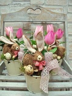 Ostergesteck im  Zinkeimer mit Hase und Tulpen von ...die mit den Blumen tanzt... auf DaWanda.com