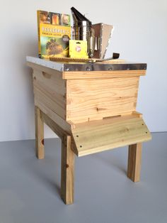 Complete Starter Hive 10F set up with tools! Hive stand sold separately. $135.00