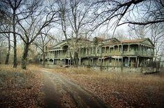 Maison abandonnée .... brrrrr !!!
