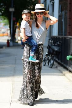 17 street style photos of Miranda Kerr and her son Flynn that prove they have the BEST mother-son matching style.