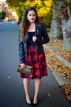 Modern yet classic holiday look.