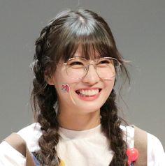Nayeon, Kpop Girl Groups, Kpop Girls, Innocent Girl, Twice Kpop, Hirai Momo, Jennie Blackpink, Aesthetic Girl, Kpop Aesthetic