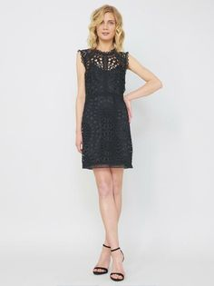 585b651d5b0 Alice   Trixie Mason Dress in Black - Size XSmall