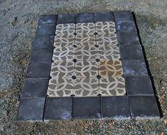 #alfombras baldosa hidráulica recuperada. Medidas 1,40 x 1,40 . Lista para poner, puedes combinarla con cemento, madera. Precio 169 euros + iva.