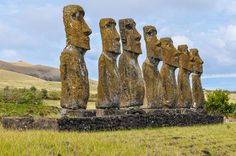 Chile and Easter Island itinerary for two weeks, including Santiago, San Pedro de Atacama, Salar de Tara, San Pedro de Atacama and Salar de Atacama-Ahu Akivi moais are the only moai statues facing towards the ocean in Easter Island, Chile