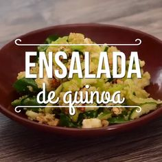Ensalada de quinoa A healthy option full of proteins and vitamins offered by quinoa. Authentic Mexican Recipes, Mexican Food Recipes, Vegetarian Recipes, Healthy Recipes, Healthy Cooking, Healthy Snacks, Healthy Eating, Cooking Recipes, Breakfast Healthy