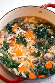 This Detox Immune-Boosting Chicken Soup is the perfect remedy for flu season fil. - This Detox Immune-Boosting Chicken Soup is the perfect remedy for flu season filled with antioxidan - Healthy Diet Recipes, Healthy Meal Prep, Detox Recipes, Healthy Eating, Cooking Recipes, Healthy Soups, Easy Cooking, Kale Soup Recipes, Healthy Detox Soup