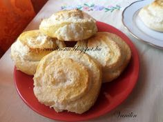 Süss Vanilinnel!: Kókuszos csiga Muffin, Baking, Breakfast, Food, Morning Coffee, Bakken, Essen, Muffins, Meals