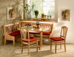 Какой кухонный уголок выбрать - рекомендации по правильному дизайну. Выбор материала - преимущества и подводные камни. Цветовая палитра. Виды кухонных уголков.