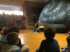 Planetario en la escuela. Unos días antes de la actividad al maestro o profesor se le entregará un dossier de actividades y efemérides astronómicas