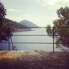 Bonassola (Liguria) www.caduferra.it Mountains, Beach, Water, Travel, Outdoor, Water Water, Outdoors, Aqua, Viajes